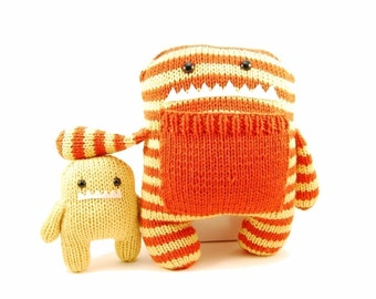 Daphne and Delilah the Momma and Baby Monster Knitting Pattern Pdf INSTANT DOWNLOAD
