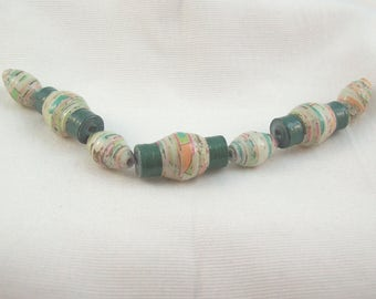 Paper Beads Handmade - Set of 7 Coordinating Beads