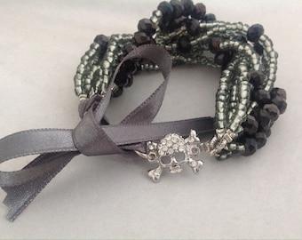 Pearl Bracelet, Spring Brides Bracelet with Rhinestone Skull Brooch, Bridesmaids Gifts , Crystal Bracelet with skull