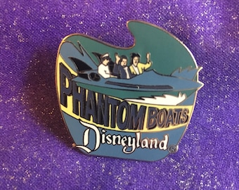 1998 Disneyland Tomorrowland Phantom Boats Attraction Series Pin  Mint Rare DLR