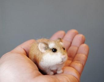 Robo Dwarf Hamster, Realistic Needle Felted Hamster, Roborovski Hamster, Handmade Animal - made to order
