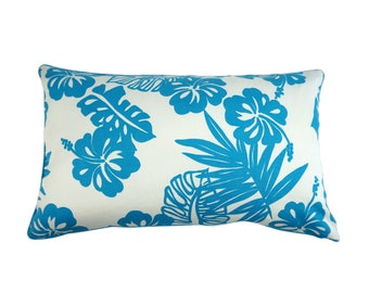 """Throw pillow with flowers """"Hawaii"""""""
