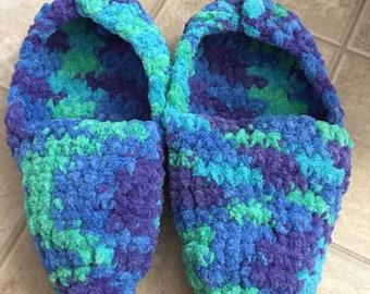 Women's Slippers size: 9/10