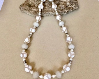 White Necklace White Bead Necklace White Agate Necklace Beaded Gemstone Necklace Statement Necklace Summer Necklace Fashion Jewelry Gift