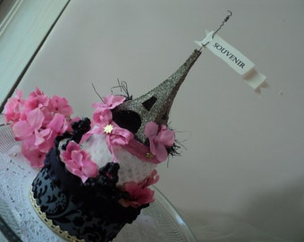 Parisian Eiffel Tower and Poodle gift box