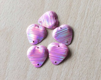 beautiful sequin heart shaped pink Rainbow 17 mm