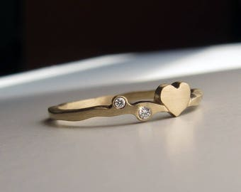 14k Gold Diamond Heart Wedding Ring, Unique Gold Wedding Ring, Mothers Ring, Gold Stack Ring, 14k or 18k