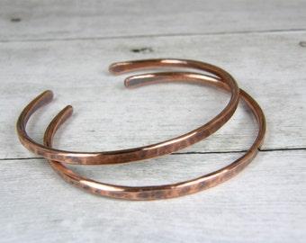 Skinny 10 Gauge Hammered Antiqued Copper Bracelet, Antiqued Copper Womens Stacking Bangle