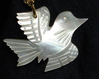 Peace Dove Vintage Necklace Carved MOP Love Joy Pendant Mother of Pearl Mid Century 1960s 1970s Unique Spiritual Jesus Christian Catholic