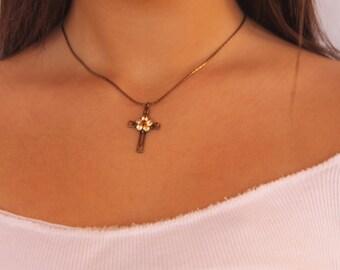 Cross Necklace women, Cross Necklace Charm, Swarovski Cross necklace, Faith Necklace, Christian Cross Necklace, Cross Pendant Necklace Women