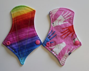 "set of two 6"" thong liners - rainbow + hands"