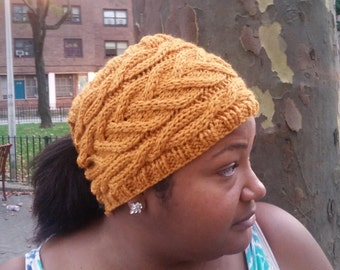 Cable Bunless Hat- Gold