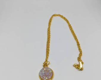druzy necklace; druzy chain; pink chain; pink necklace; pink druzy chain; pink druzy necklace; gold chain; gold necklace