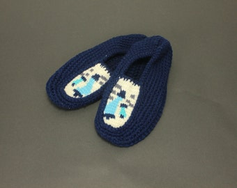 Size Large Navy Blue CHUMMIES CROCHET Knit Vintage Ladies Women's Slippers Mules Bedroom House Shoes Mid Century Retro