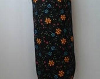 Black w/ flowers plastic grocery bag holder