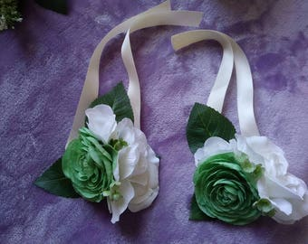 Mint and ivory silk corsage