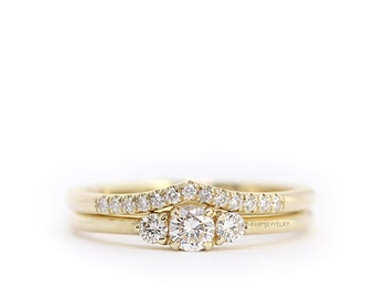 Round Diamond 3 Stones wedding ring set,Curved Diamond Wedding Band,Round Brillant Diamond wedding set