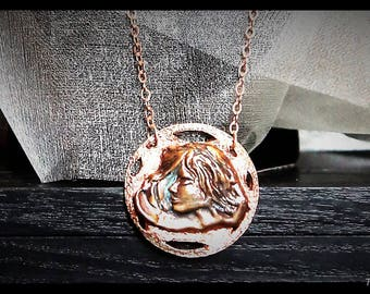 Hand carved pendant-microscultura in casting-available in bronze and Silver 925