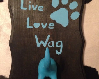 Live Love Wag Turquoise leash hanger