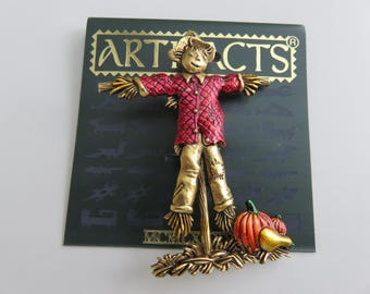JJ Jonette Gold Tone Halloween Scarecrow With Pumpkins And Squash Brooch Pin