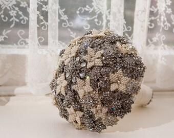 Diamante and Swarovski pearl bridal wedding brooch bouquet