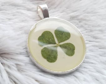 Real, Genuine Lucky Four Leaf Clover Pendant Jewelry necklace #102