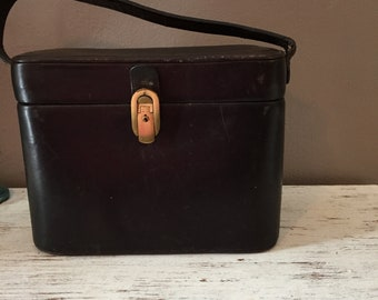 Vintage 1940's leather train case with gold and brown striped interior / small, old brown luggage / make up case,luggage