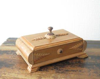 Vintage Wood Trinket Box Hand Carved w Amber Detail Jewelry Box Made In Latvia, Folk Art 1970s Wood Box Storage Box @228