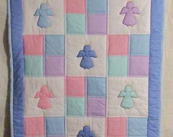 Appliqué Heart Angel Throw Quilt blanket