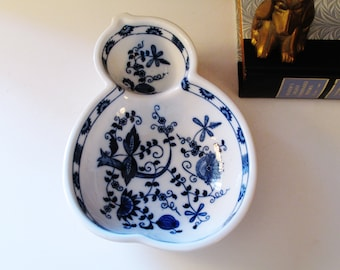 Vienna Woods Candy Dish, Vintage Blue Danube, Blue Onion, Blue and White, Chinoiserie China