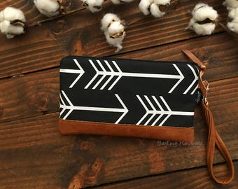 Black Arrows with Vegan Leather - Zippered Wristlet Clutch /  Bridesmaid Gift- Accessory Make Up Bag -
