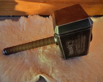 Inspired in THOR's Mjölnir for Larp - Cosplay