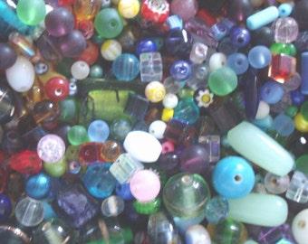 200 Mixed Assorted Bulk Glass Beads