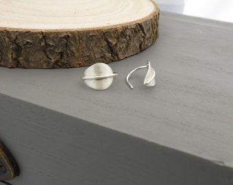 Silver leaf earrings, sterling silver leaf earrings, silver earrings, leaf earrings, threader earrings, leaf threader earrings, earrings