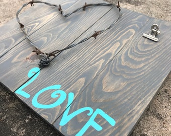 Rustic Barbed Wire Heart Picture Frame