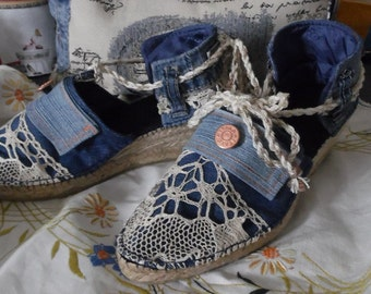 Heel 5 cm, denim and lace espadrilles