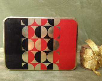 Vintage tin box,Red metal box,Vintage tin container with cover,Vintage storage, Vintage tin tools box, Tin box, Riga, Vintage box