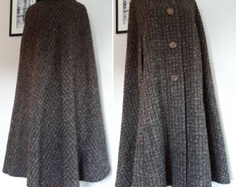 Wool Countryside Cape. Fabulous 60s Autumn Winter Tweed Look Cloak, with Satin Lining. 4 Large Buttons and Two Arm Slits. Great Condition.