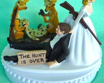 Wedding Cake Topper Deer Hunting Photography Themed w/Bridal Garter Humorous Deer Hunter Picture Rifle Gun Bride and Groom Funny Green Camo