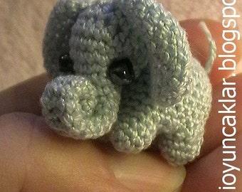 Crochet 0.8 inc Miniature Elephant