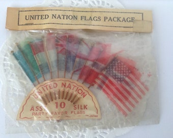 Vintage United Nations Flags, silk flags, 10 silk flags, miniature flags, flag picks, made in Japan