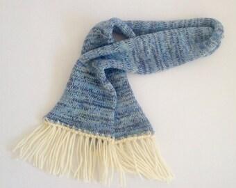 Kids scarf with fringe