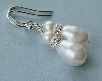Bridal Party, Flower Girl, Bridesmaid Pearl and Crystal, Wedding Party, Mother of the Bride, White, Ivory, Wedding Earrings, Wedding Party