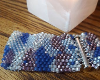 Freestyle peyote beaded bracelet
