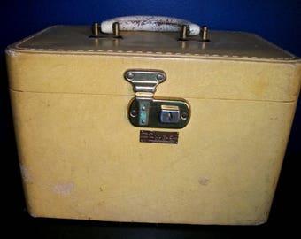 Vintage Luce Yellow Train Case
