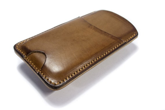 iPhone 7 or 7 Plus SE 5S 4S or 6S or 6S Plus Leather sleeve case customizable made in Italy credit card slot