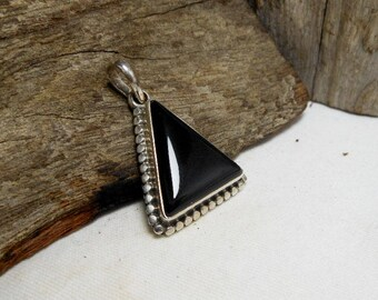 Sterling Silver Black Triangle Charm With Onyx Stone,Triangle Pendant,Triangle Onyx Charm,Onyx Charm,Black Triangle Charm,Personalized Gifts