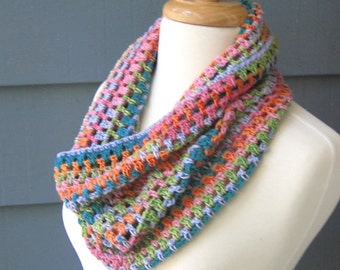 PATTERN C-024 / Crochet Pattern \ Colleen Cowl ... DK 280 yards