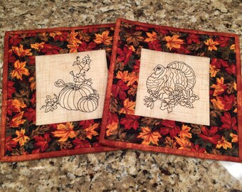 Quilted potholder, Thanksgiving hot pad, trivet, fall decor, Quiltsy handmade
