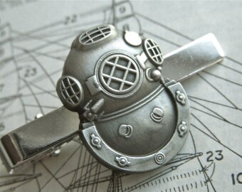 Diving Helmet Tie Clip Silver & Pewter Tone Gothic Victorian Nautical Steampunk Style Vintage Inspired Men's Accessories